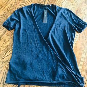 Elie Tahari Navy short sleeve wrap shirt size XS